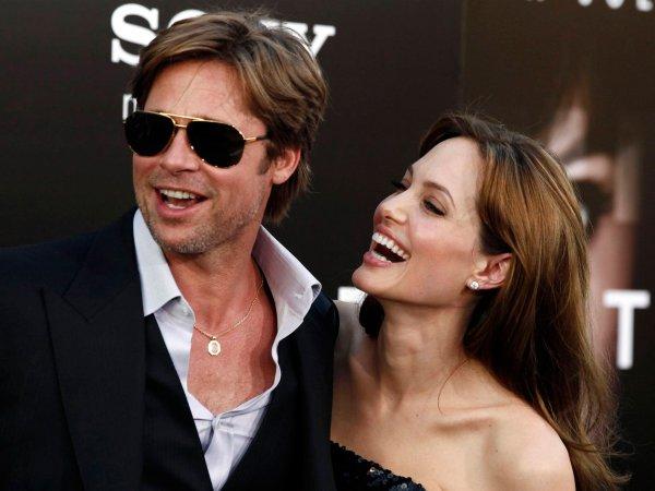 Анджелина Джоли затрудняет общение своих детей с Брэдом Питтом