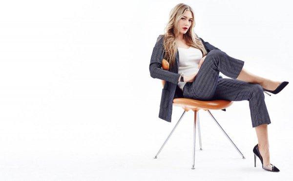 Оксана Акиньшина объявила о разводе и улетела с детьми в Грецию