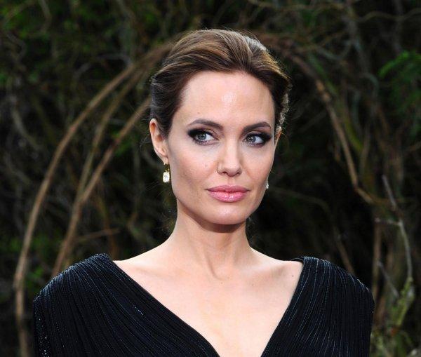 «Костлявая женщина нездорового вида»: Лена Миро публично опозорила Анджелину Джоли