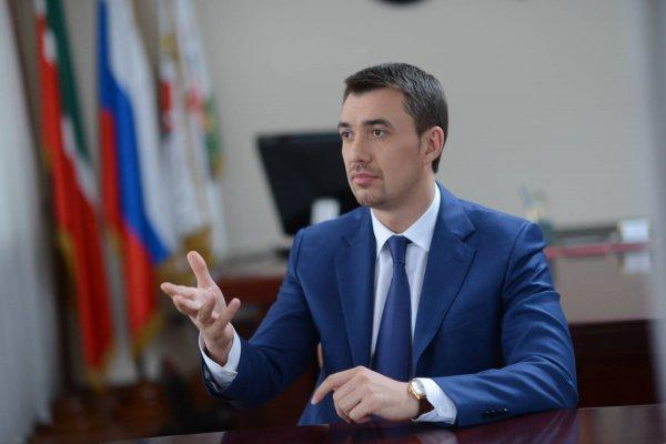 Министр Татарстана с помощью Монеточки пытался понять молодежь