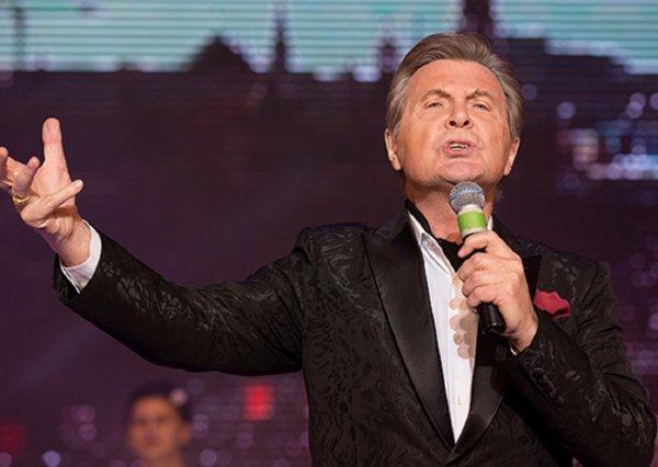 «Честное слово, Вы поете как женщина»: Лев Лещенко жестко опозорился на шоу «Голос.60+»