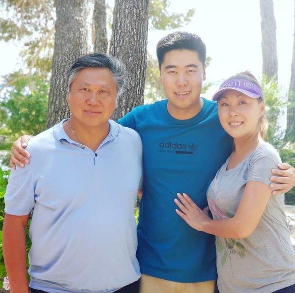 «Выдали по-корейски»: Анита Цой вышла замуж по принуждению