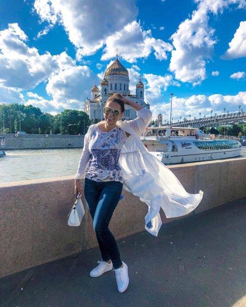 «И Вас купили»: Поклонники раскритиковали Чехову за агитацию выборов