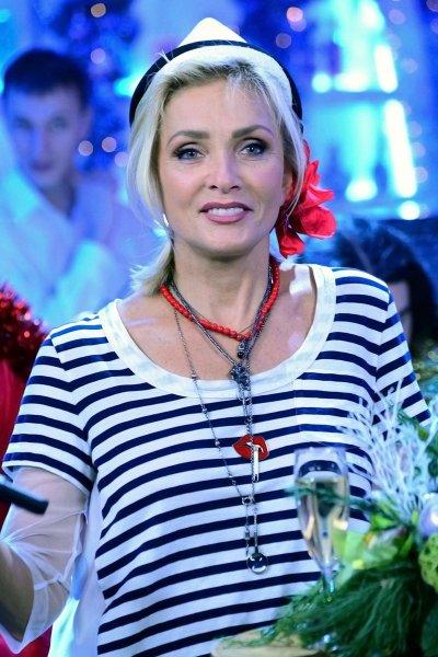 С таким языком нужно знаешь, чем заниматься: Пугачева публично заткнула рот Вайкуле