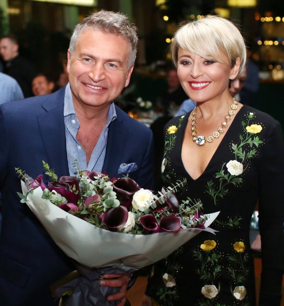 После слухов о молодой любовнице и разводе с Варум Агутин решил вернуться в Москву