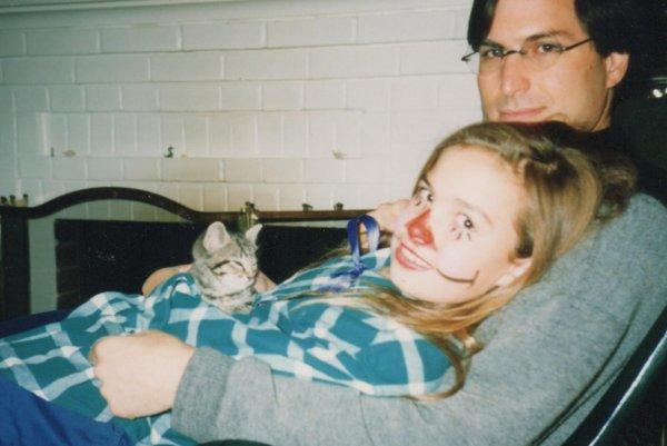 Дочь Стива Джобса поведала, как отец заставлял наблюдать за его сексом с мачехой