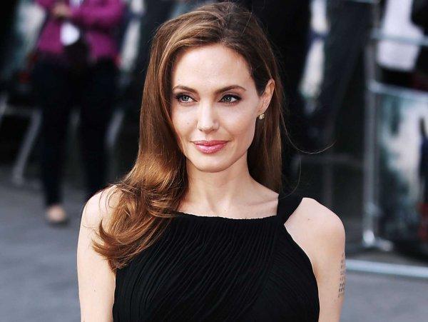 Истощенная Анджелина Джоли кардинально сменила стиль и шокировала фанатов