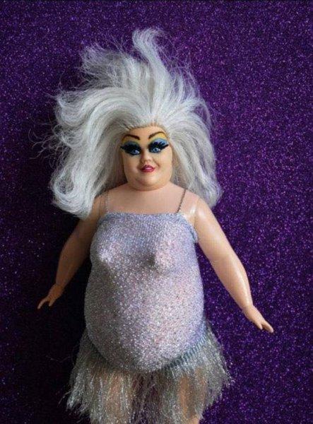 Пугачёва заманивает Галкина в постель: В сети посмеялись над странной куклой