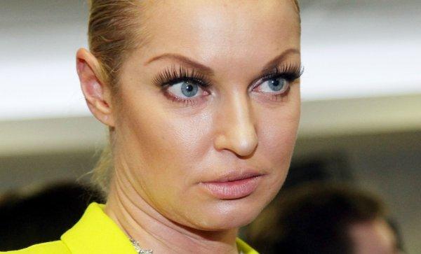 «Снова перегар и грязная голова»: Анастасия Волочкова опозорилась из-за внешнего вида - фанаты