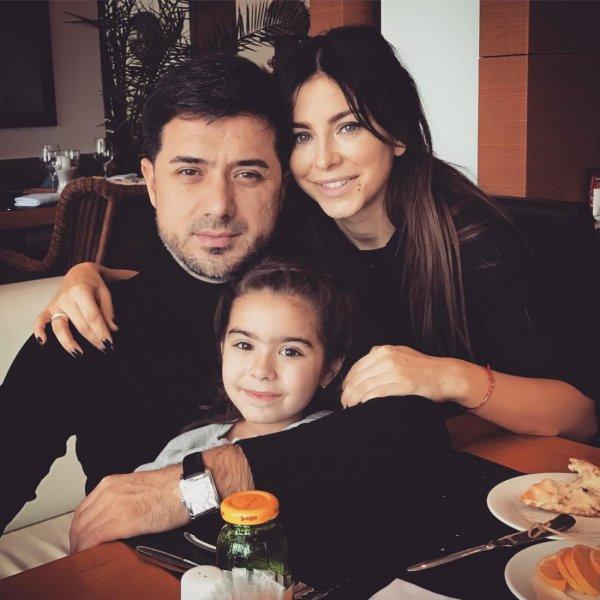 «Не то, что Пугачёва и Галкин»: Соцсети обвинили Ани Лорак в игнорировании дочери ради карьеры и личной жизни