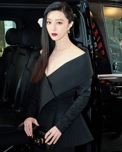 Бесследно исчезла самая высокооплачиваемая китайская актриса