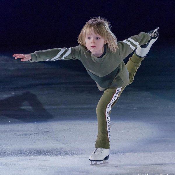 Рудковская посрамила критиков талантов её сына