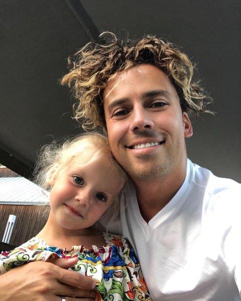 Максим Галкин опубликовал в Instagram редкое видео со своей дочерью