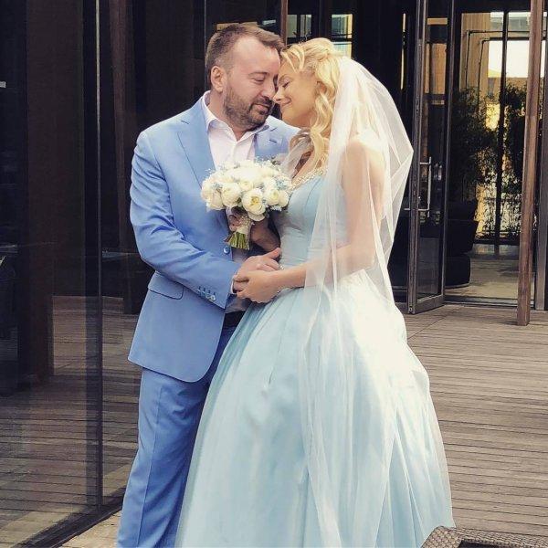 Участница шоу «Голос» Елена Максимова сыграла роскошную свадьбу в Монако