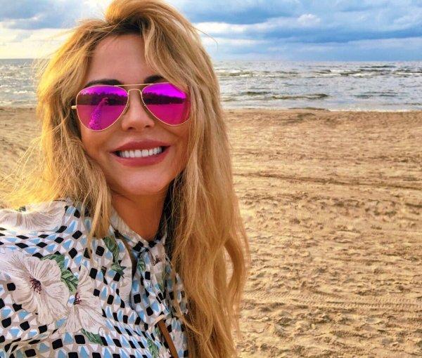 Певица Юлия Началова из-за болезни стремительно теряет волосы