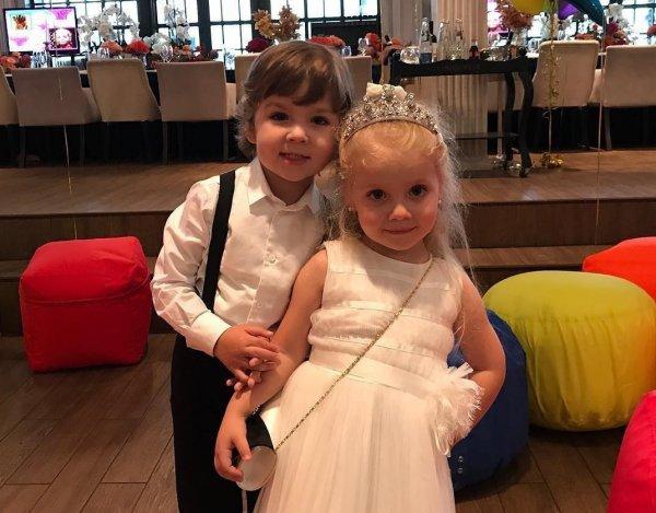 Элитный детский сад и армия прислуги: Дети Пугачевой и Галкина живут в роскоши и богатстве