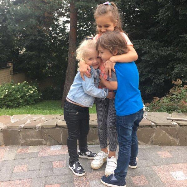 Дети Пугачёвой и Галкина не дружат с «обычными» детьми