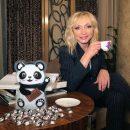 «По стопам Киркорова»: Фанаты раскритиковали новый клип Орбакайте