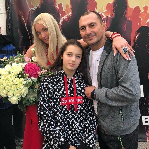 Провалы в памяти от алкоголя: Волочкова забыла, когда родила дочь