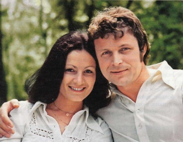 София Ротару трогательно призналась в любви скончавшемуся супругу