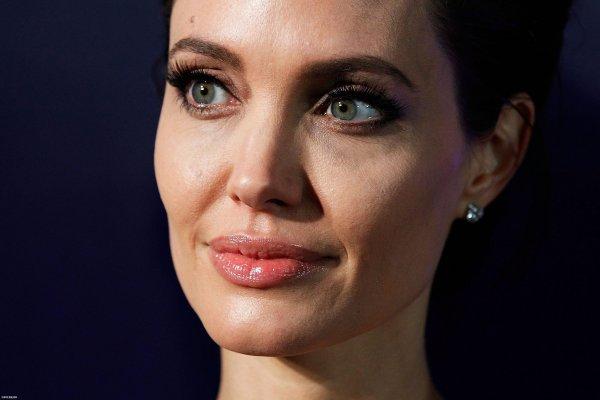 Анджелина Джоли искренне пожалела о разводе с Брэдом Питтом