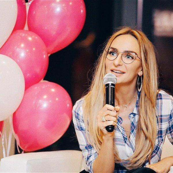 Катя Варнава вскоре может сменить профессию