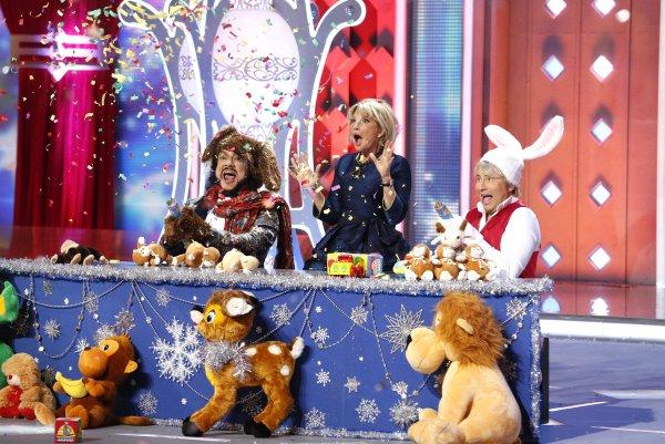 «Точно не Пугачева»: Фанаты выяснили, кто будет мелькать на экранах в Новый год