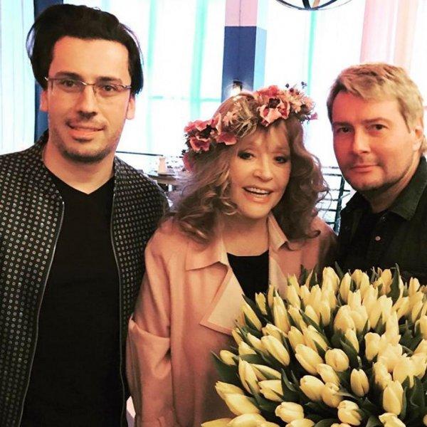 Не любовь, а фетиш: Аллу Пугачёву заподозрили в романе с Басковым – соцсети