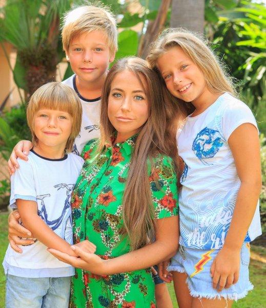 «Чужие не нужны»: Галкин не примет детей Барановской от первого брака - Фанаты