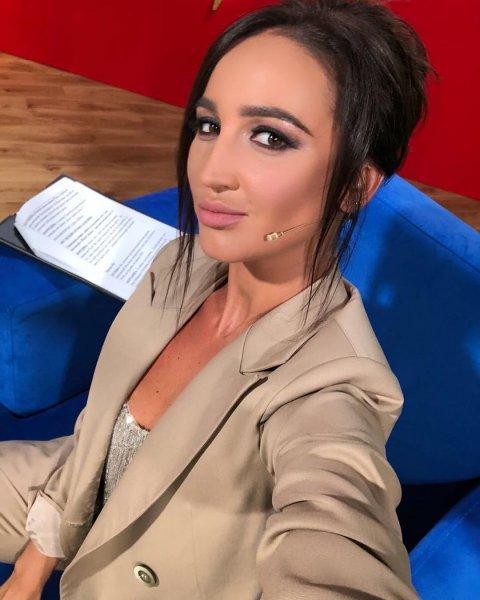 Завидует Кардашьян: Бузова хочет, чтобы Лебедев слил в сеть их секс-видео