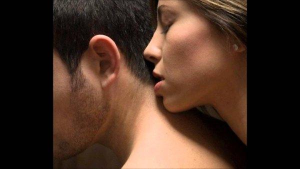 Ученые: Женщины борются со стрессом с помощью запаха мужчины