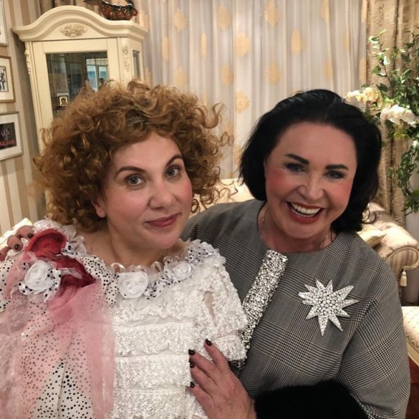 Бабкина и Федункив собираются превзойти успех Пугачёвой в мюзикле «За двумя зайцами»