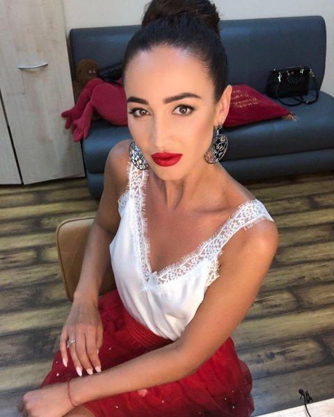 Заглядывает в рот: Анорексичная Ольга Бузова достала подруг манией похудения