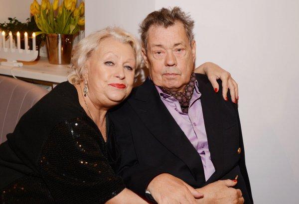Вдова Караченцова впервые отдыхает в одиночестве