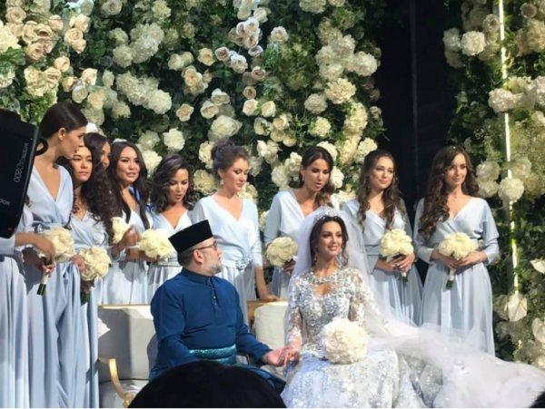 «Мисс Москва -2015» вышла замуж за короля Малайзии в Барвихе