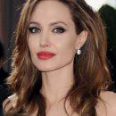 СМИ: Анджелина Джоли влюбленная в племянника принцессы Дианы