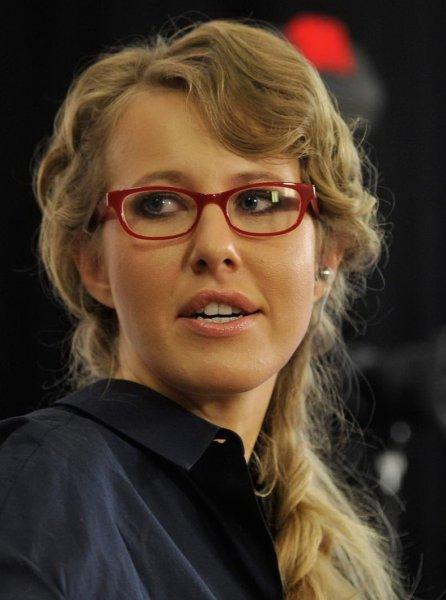 «Видио-пост?!»: Подписчики посоветовали Собчак нанять репетитора по русскому языку