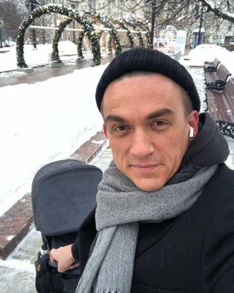 Отец-одиночка: Регина Тодоренко бросила сына на мужа