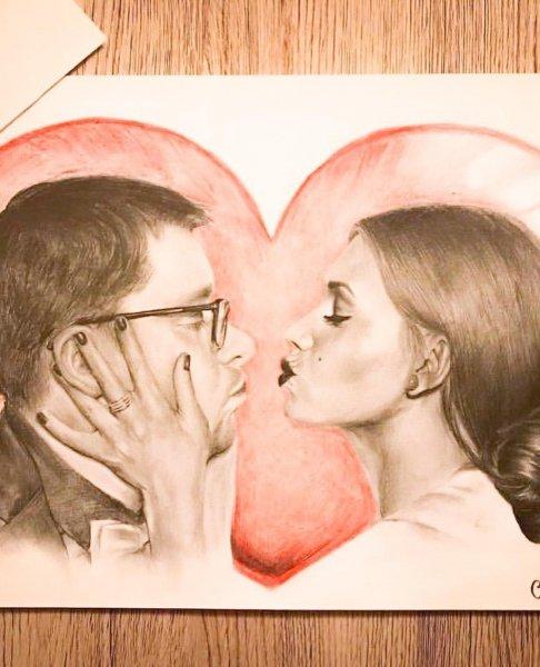 Не прочь завести нового любовника: Кристину Асмус покоряют красивыми рисунками