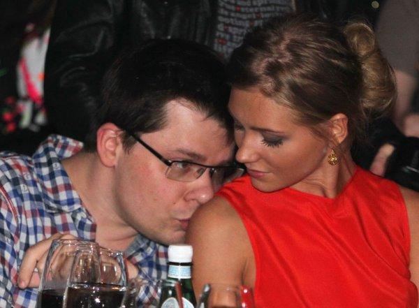 Любить нельзя, использовать: Разлучница Асмус вышла за Харламова ради карьеры