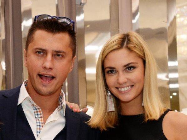 Супруги Агата Муцениеце и Павел Прилучный высмеяли шоу «Давай поженимся»