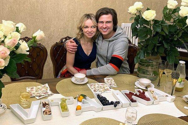 «Пускают газики под водой»: Шаляпин и Цымбалюк-Романовская отметили день святого Валентина