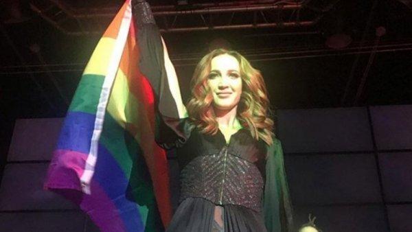 Включила задний привод: Европейские геи протащат Бузову на «Евровидение»