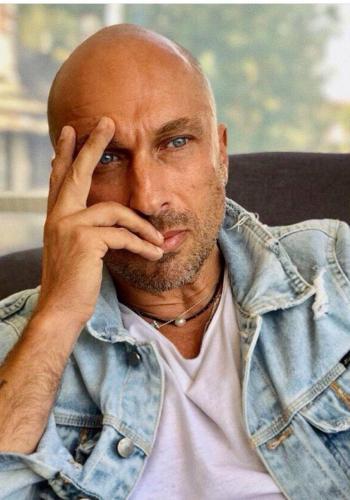 «Папа, почему ты меня стыдишься?»: Объявился младший сын Дмитрия Нагиева