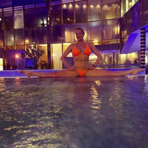 В одном не отмыться: Волочкова похвасталась купанием в пяти бассейнах