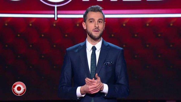«ЛГБТ-стендапер»: Резидент Comedy Сlub Андрей Бебуришвили оказался геем