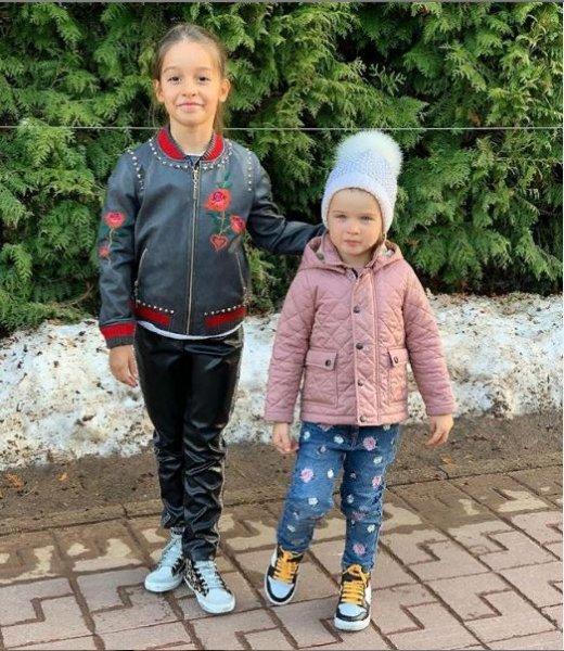 Маруся лишняя: Фанаты Бородиной уличили её мужа в предвзятом отношении к падчерице