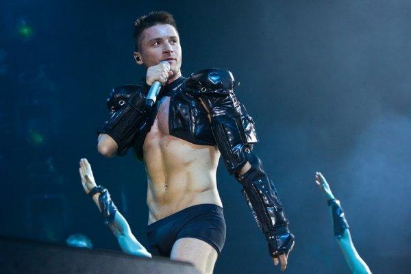 По стопам Кончиты? Лазарев может выдать себя за гея на «Евровидении» ради симпатии судей