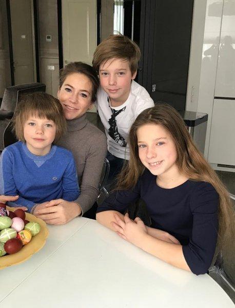 «Алиби» провалилось? Барановская не сможет тайно отвезти детей к Аршавину