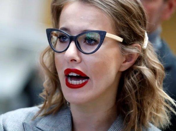 «В парикмахерской у метро» – Собчак «разнесли» в сети за новый образ блондинки